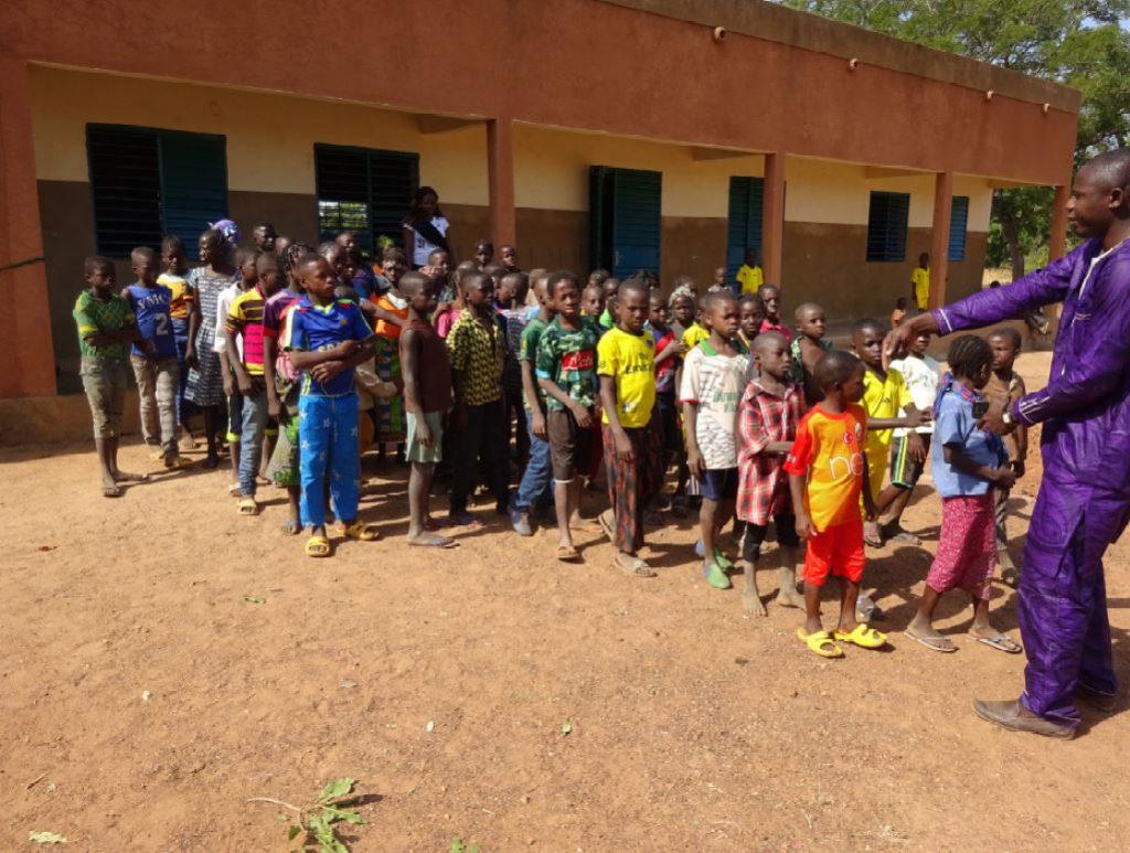 Nouvelle classe au Burkina Faso – Les Amis des Africains